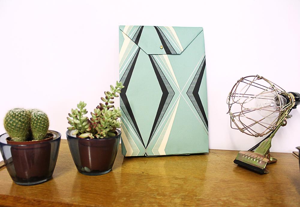 que faire de ma magnifique tapisserie vintage mademoiselle claudine le blog. Black Bedroom Furniture Sets. Home Design Ideas