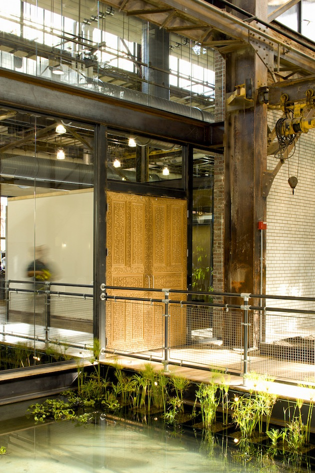 Meyer Scherer & Rockcastle- Urban Outfitters Headquarters
