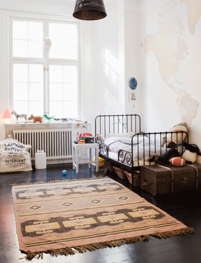 home-tour-glamour-chambre-enfant-mademoiselle-claudine