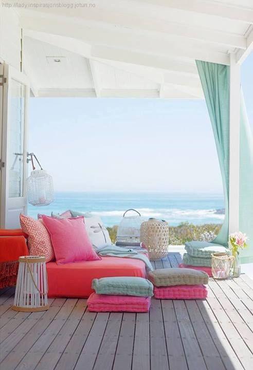 Shopping pour une maison de vacances mademoiselle for Decoration maison vacances mer
