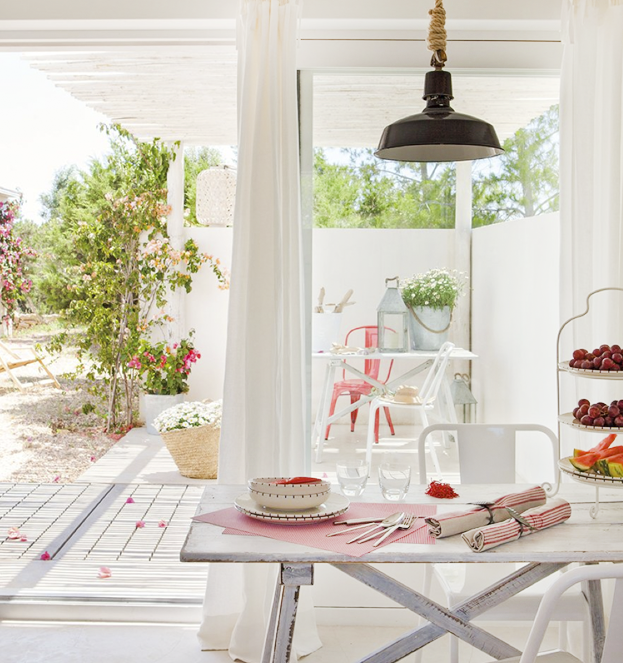 Formentera-summer-house-dining-area