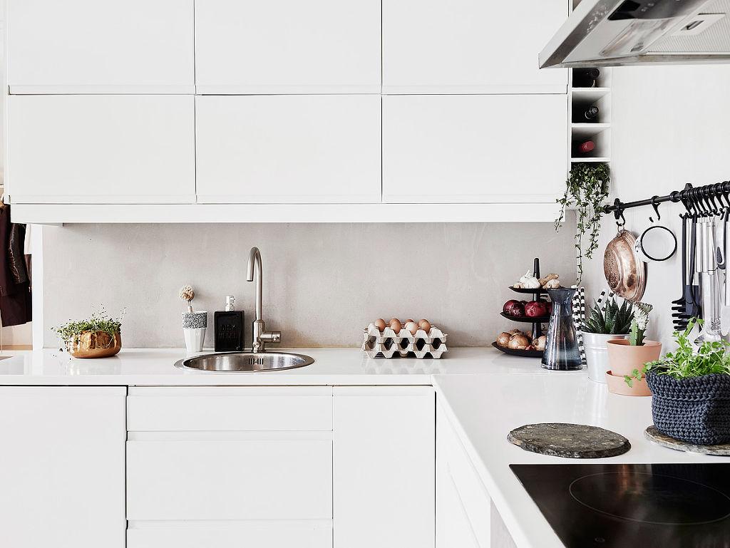 home-tour-scandinave-féminin-mademoiselle-claudine-cuisine-détail