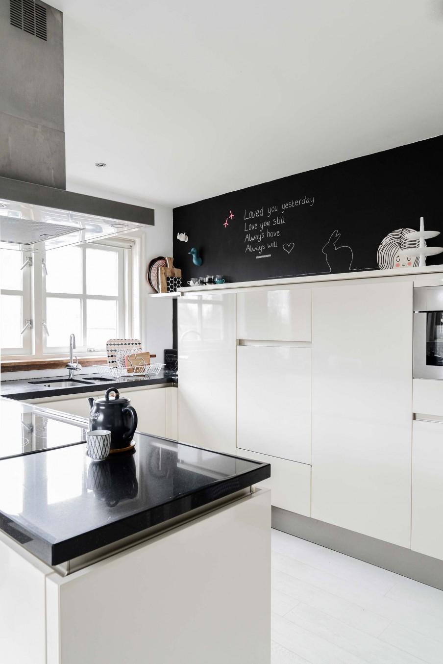 home-tour-vintage--cuisine-mur-craie-mademoiselle-claudine