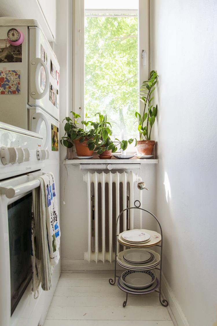 appartement-vintage-cuisine-assiette-mademoiselle-claudine
