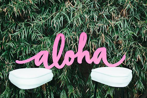 decoration-fête-exotique-mademoiselle-claudine-aloha-tabouret-vintage