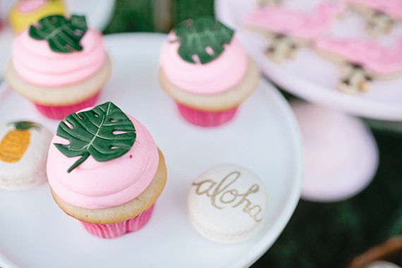 Aloha-pineapple-bridal-shower-inspiration-9