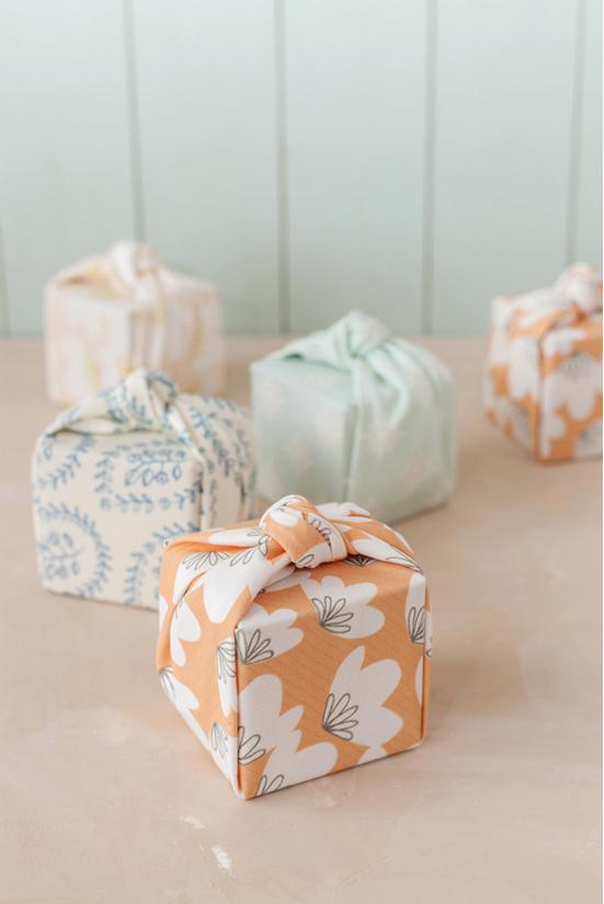 emballage-cadeau-tissu-fête-des-mere-mademoiselle-claudine