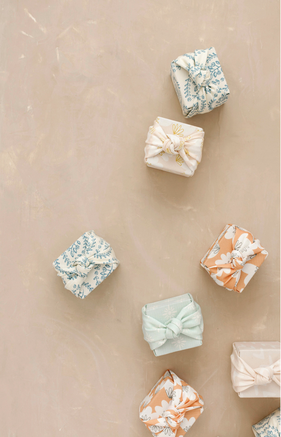 diy-fete-des-meres-emballage-cadeau-tissu-mademoiselle-claudine