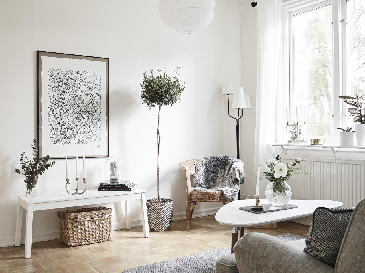 home-tour-salon-olivier-tableau-mademoiselle-claudine
