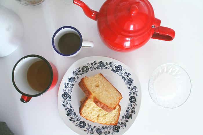 vaisselle-vintage-assiette-cafe-tasse-mademoiselle-claudine