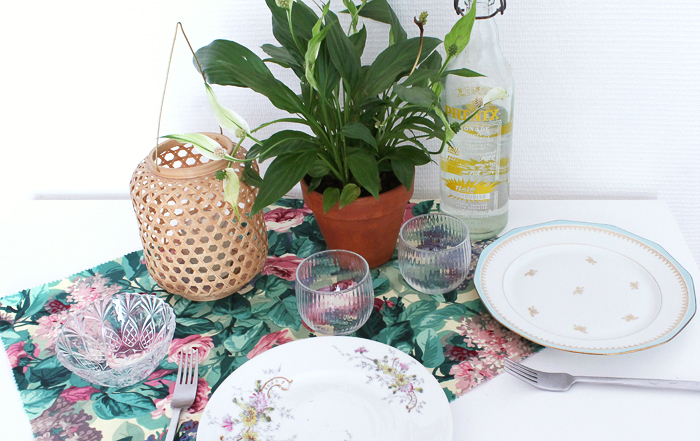 vaisselle-vintage-repas-assiette-verre-mademoiselle-claudine