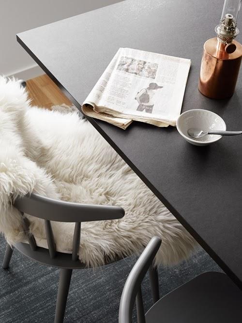 intereiru-allure-scandinave-cuisine-chaise-peau-mouton-mademoiselle-claudine