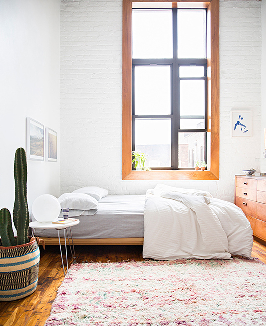 appartement-brooklyn-rétro-americain-chambre-cactus-tapis-mademoiselle-claudine
