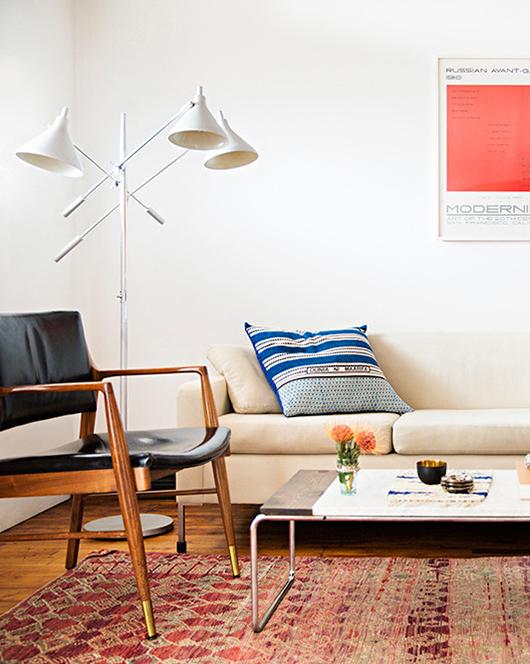 appartement-brooklyn-rétro-americain-salon-coussin-fauteuil-mademoiselle-claudine