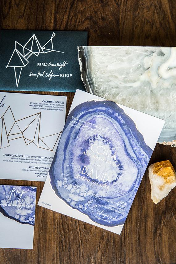 inspiration-party-mariage-bohemien-invitaion-bleu-graphique-mademoiselle-claudine