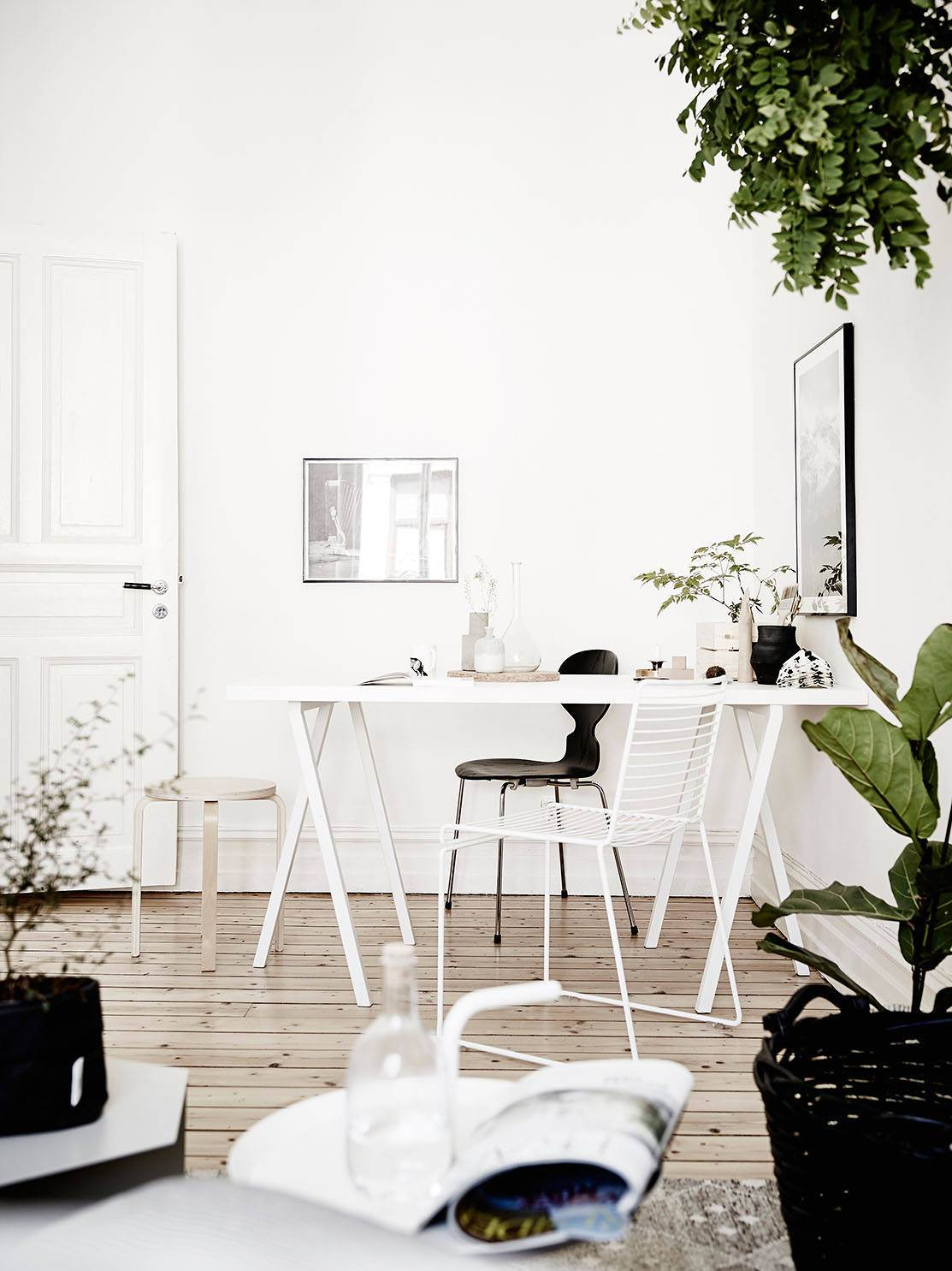 home-tour-green-attitude-bureau-table-mademoiselle-claudine