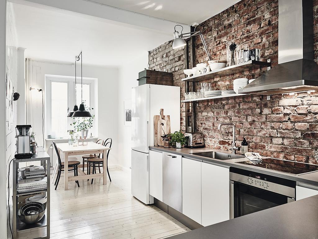 home-tour-scandinave-cuisine-table-mur-briques-mademoiselle-claudine
