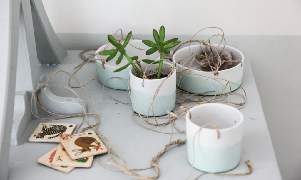 home-tour-maison-familiale-suspensions-plante-mademoiselle-claudine