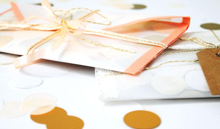 diy-enveloppe-confettis-gros-plan-cadeau-mademoiselle-claudine