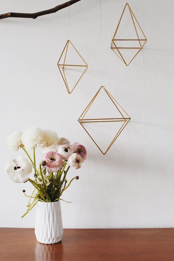 diy-géométrique-suspension-laiton-madmeoiselle-claudine