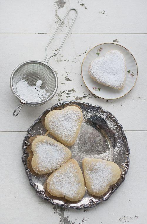 saintvalentin-pas-comme-les-autres-biscuits-coeur-mademoiselle-claudine