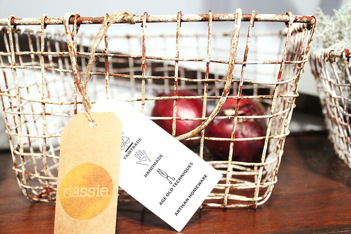 prix-decouverte-m&o2016-dassie-mademoiselle-claudine-panier-fer-hand-made
