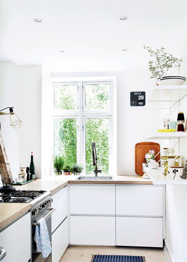 home-tour-vintage-folk-cuisine-blanche-scnadinave-mademoiselle-claudine