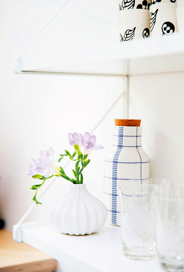 home-tour-vintage-folk-detail-deco-fleurs-vases-mademoiselle-claudine