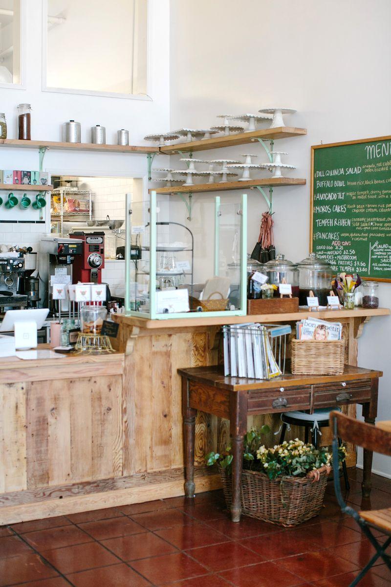kitchen-mouse-cafe-la-comptoir-mademoiselle-claudine