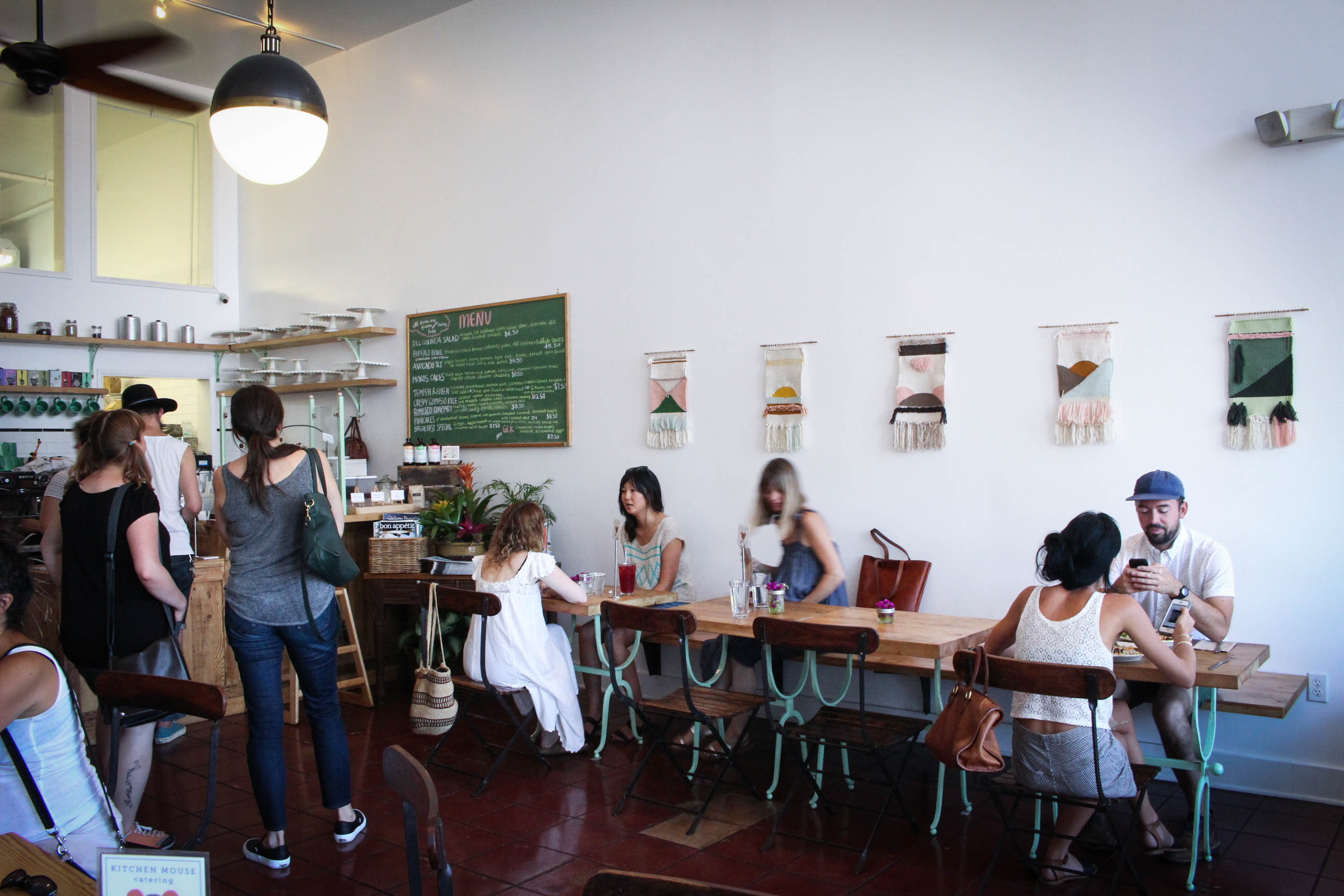 KitchMouhome-tour-kitchen-mouse-cafe-los-angeles-vegetalien-mademoiselle-claudine