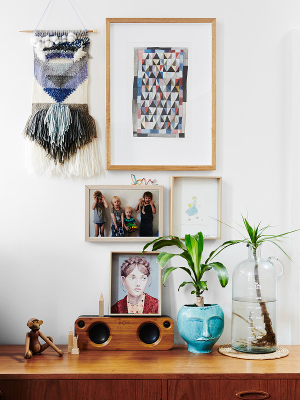 home-tour-style-briquesdecoration-tissage-cadres-mademoiselle-claudine