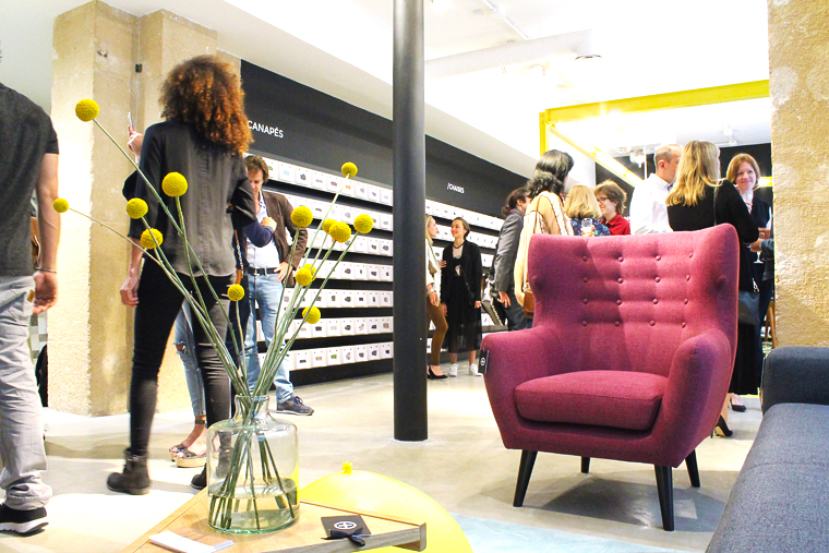 showroom-made-paris-fleur--canapé-rouge-mademoiselle-claudine-