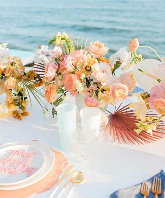 INSPIRATION-PARTY-MARIAGE-CALIFORNIEN-ACIDULE-DECORATION-TABLE-VERRE-MADEMOISELLE-CLAUDINE