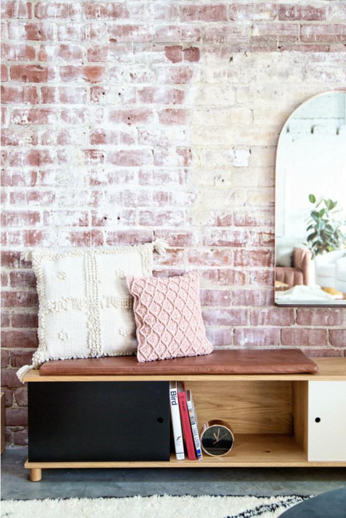 studio-bureau-decoraiton-mur-brique-mademoiselle-claudine