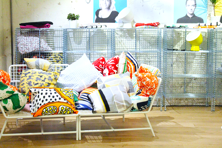 collection-ps-ikea-canape-fer-coussin-mademoiselle-claudien