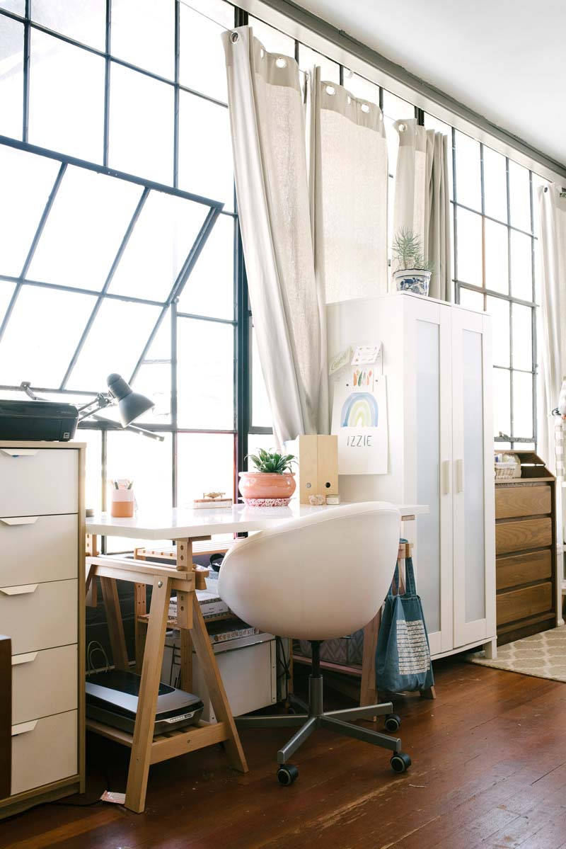 Small-Space-Office-in-Home