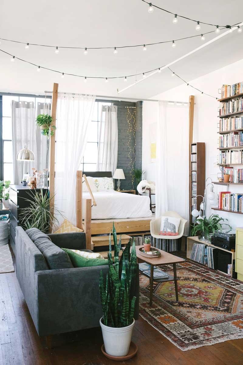 loft-decoration-califonrien-salon-chambre-estrade-mademoiselle-claudine