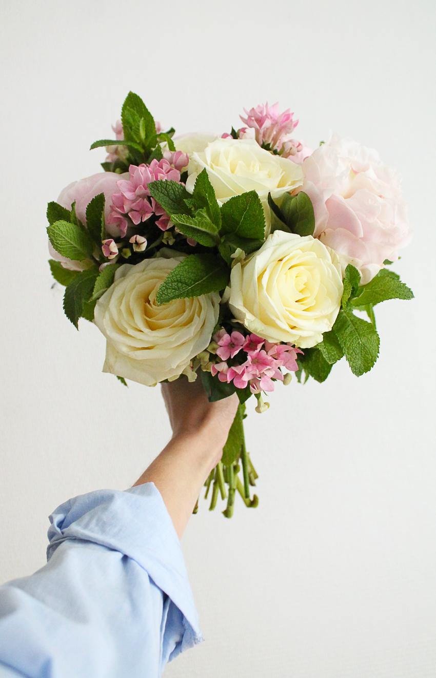 bouquet-de-flerus-roses-pivones-madmeoiselle-claudine