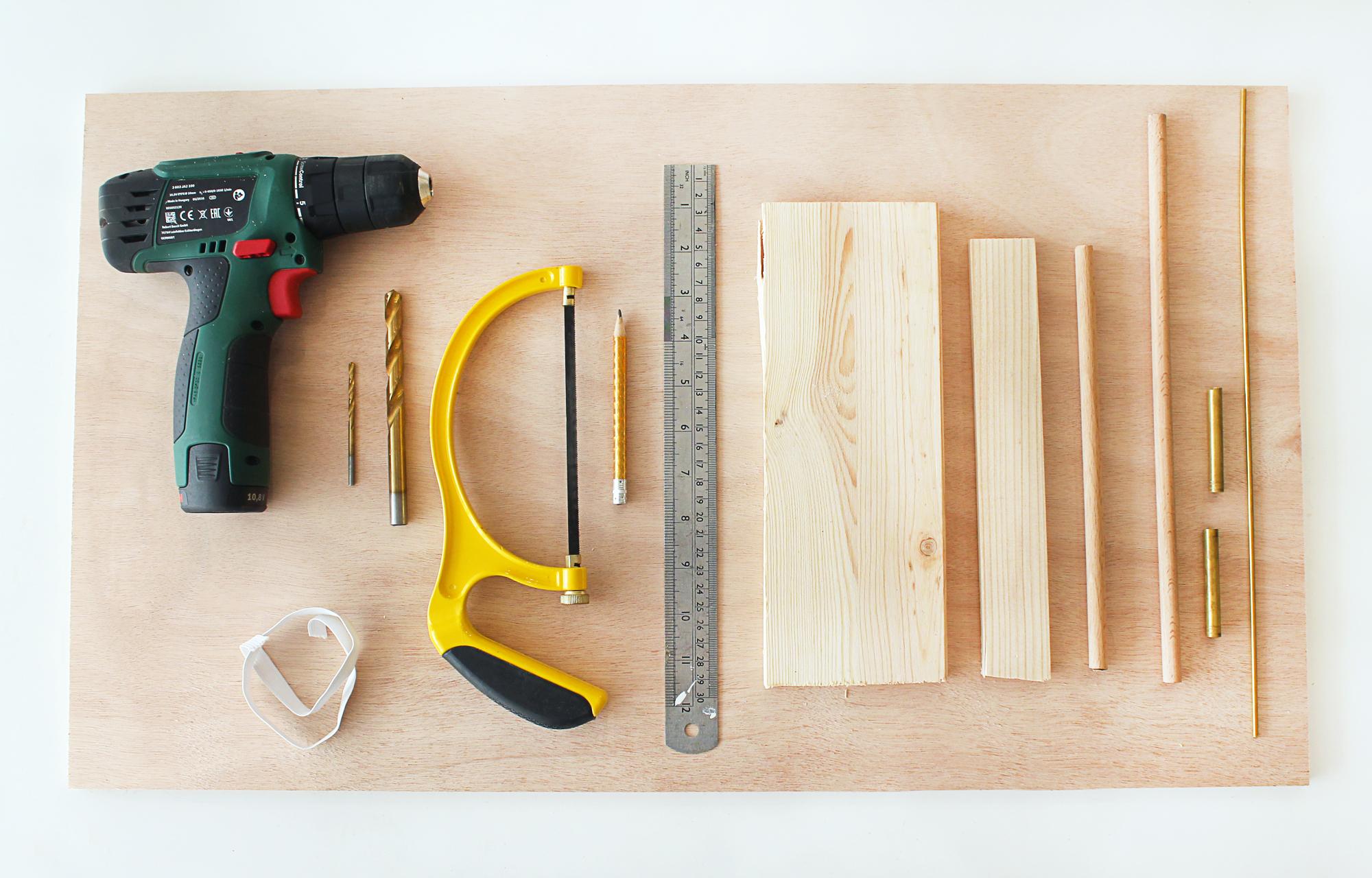 diy-peg-board-bureau-materiel