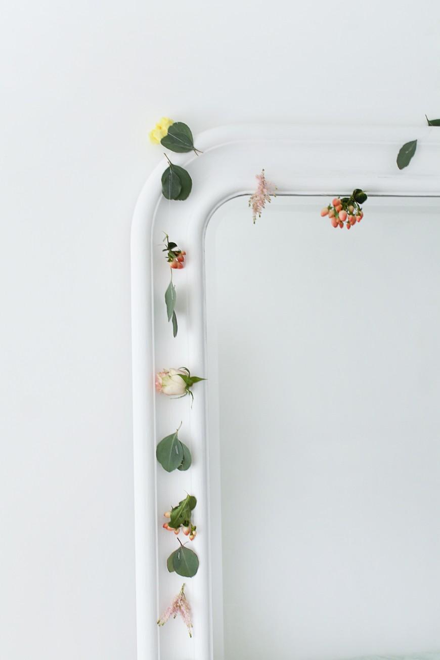 guirlande-de-fleurs-miroir-mademoiselle-claudine-