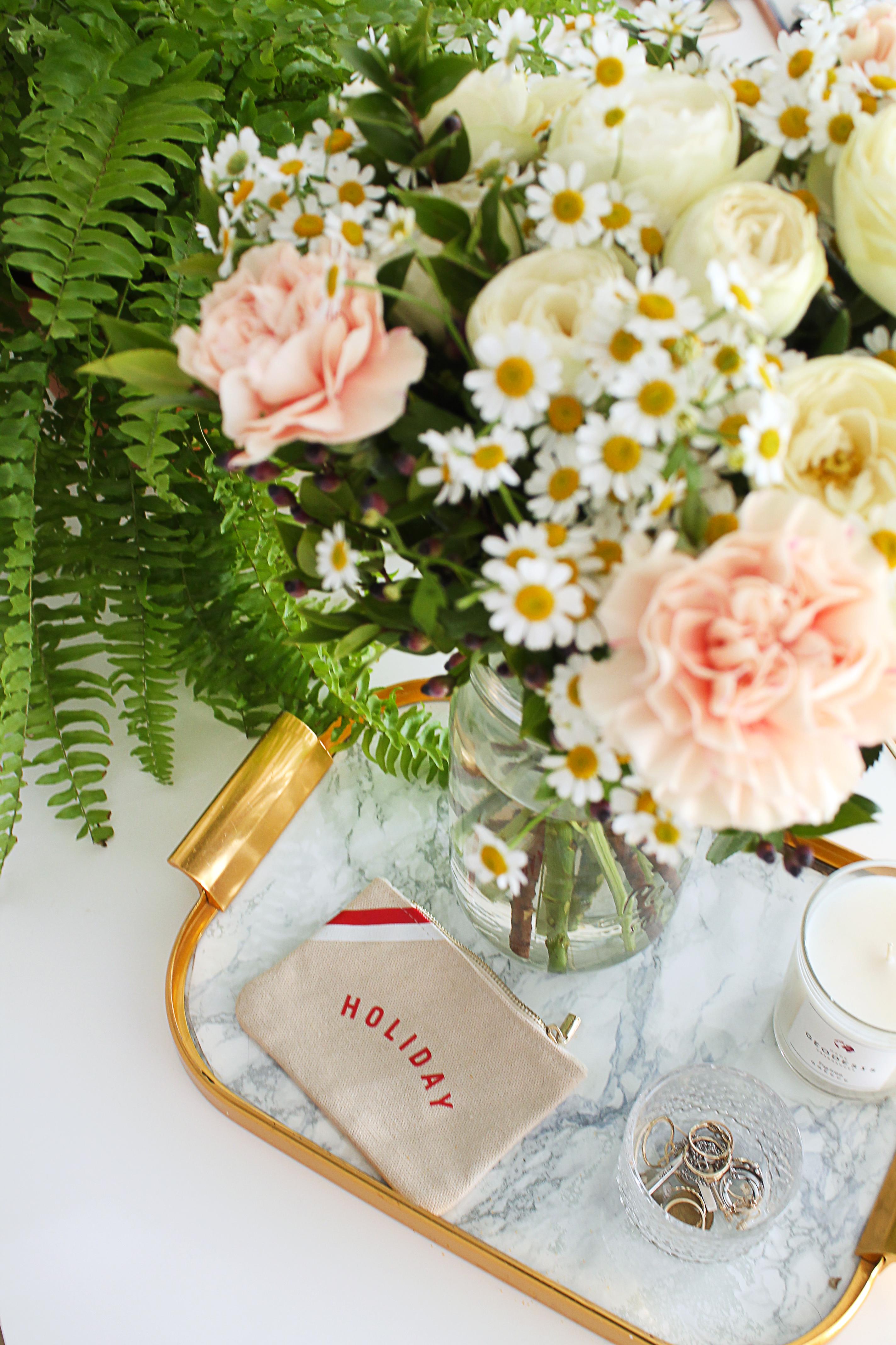 decoraiton-chambre-bouquet-de-fleurs-mademoiselle-claudine