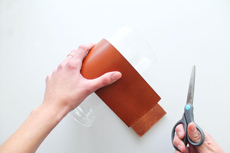 2-Vase-cuir