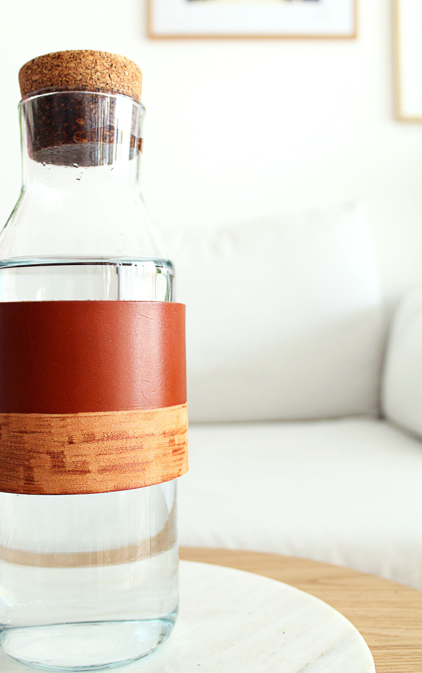 24-Vase-cuir