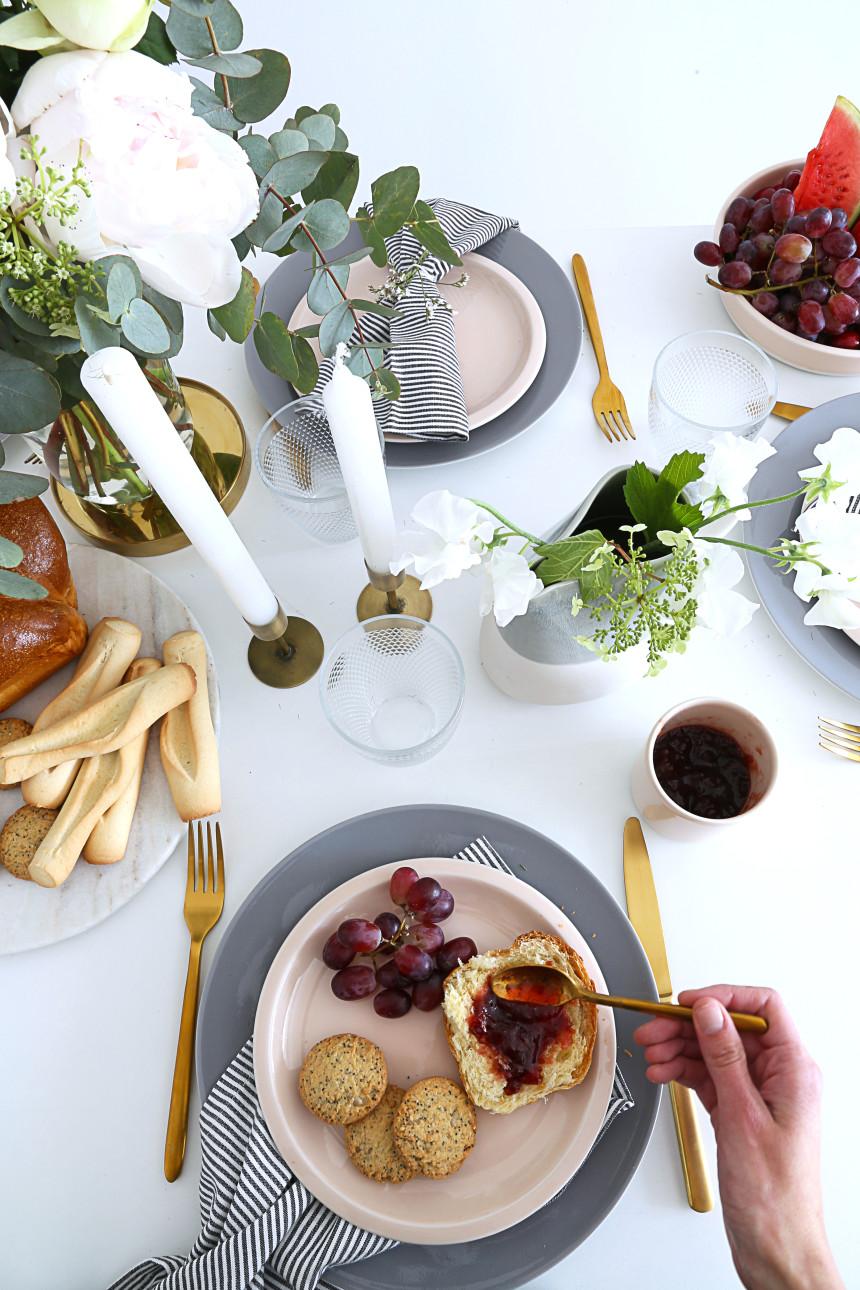 table-de-fete-des-meres-assiette-mademoiselle-claudine-