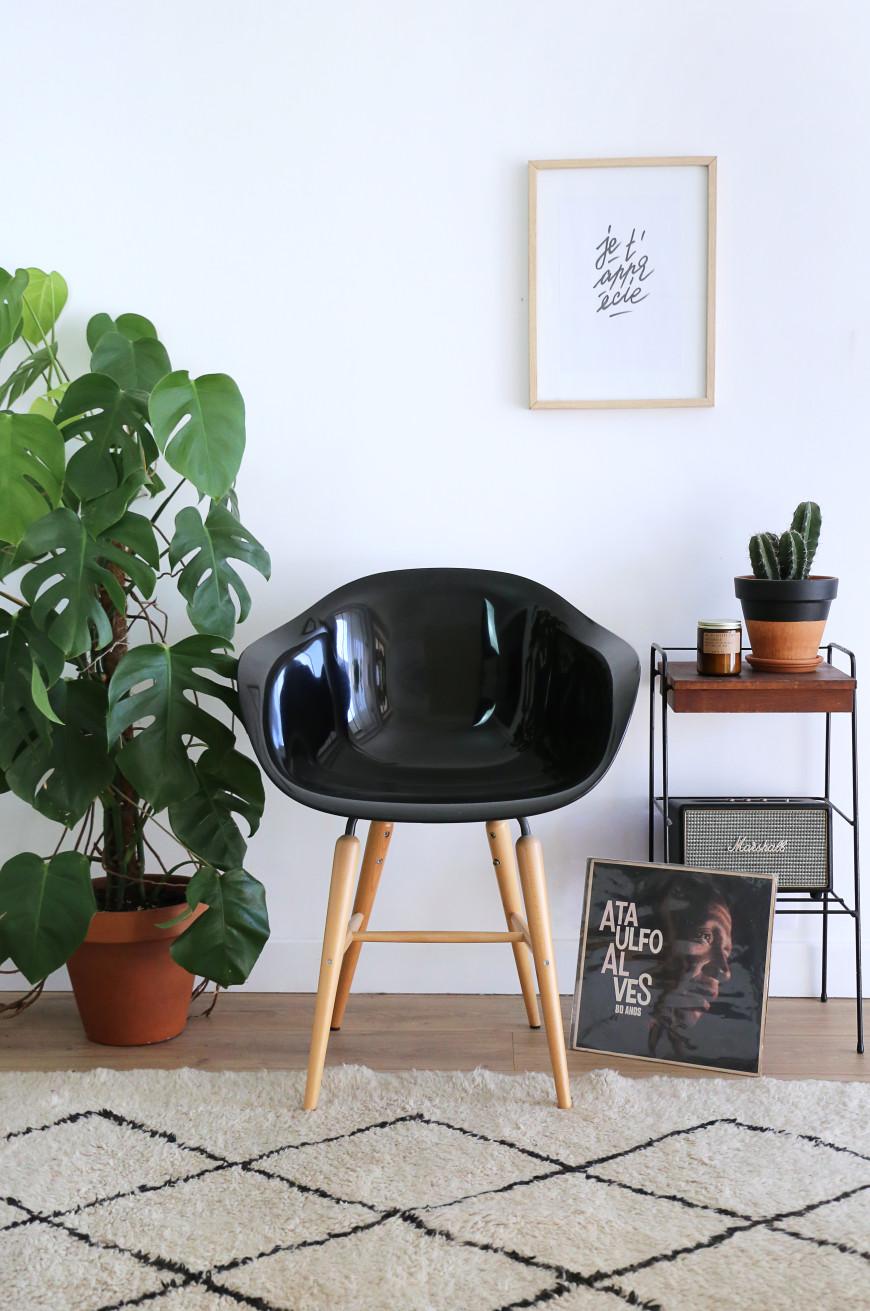 chaise-noire-deco-interieure-mademoiselle-claudine-