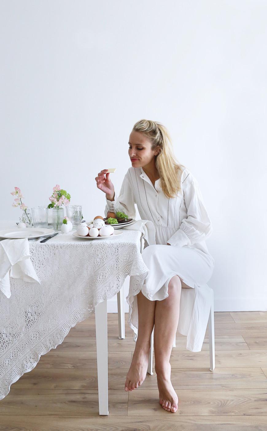16 mademoiselle-claudine-table-de-paque-