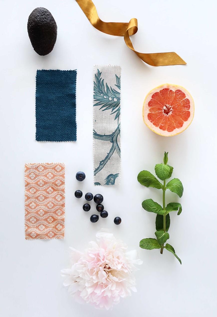 mood-board-orange-vert-bleu--tissu-coussin-motif-toiles-de-mayenne