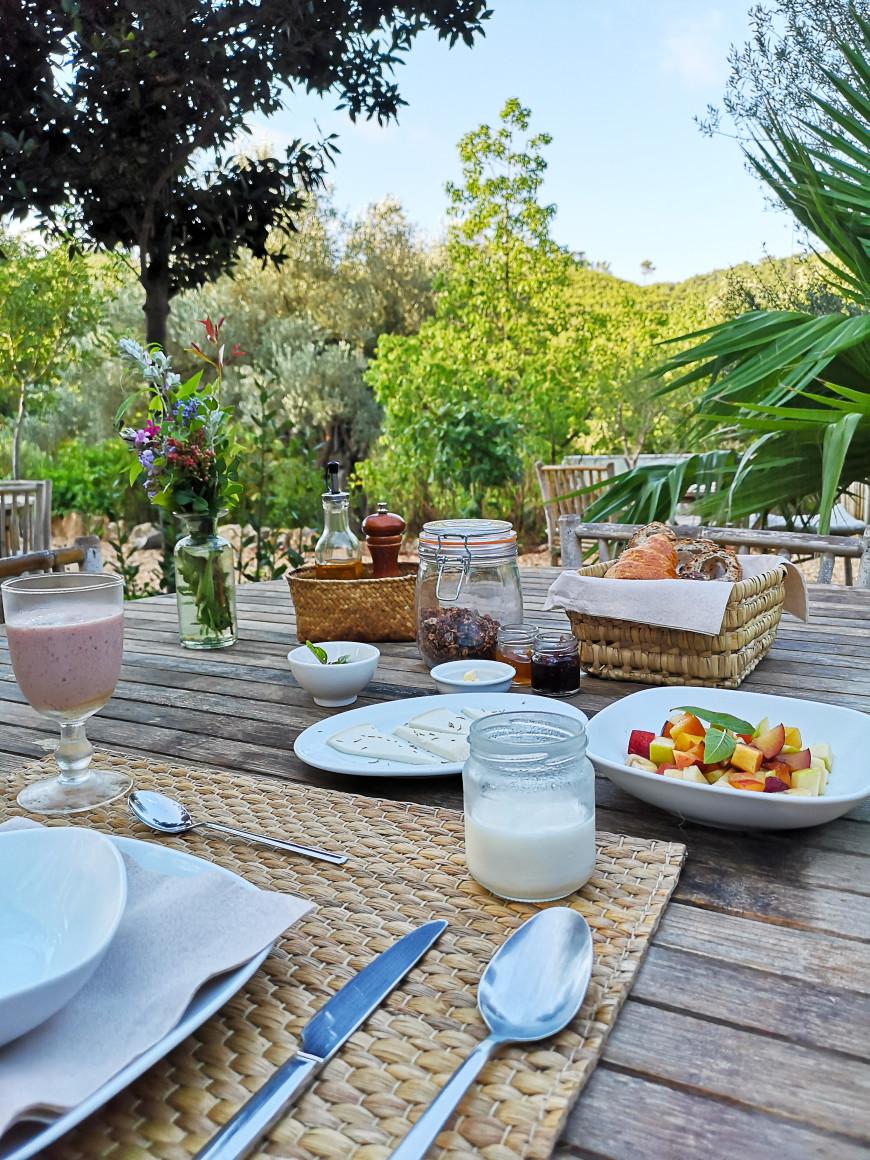 oetit-dejeuner-finca-can-marti-agroturisme-mademoiselle-claudine-